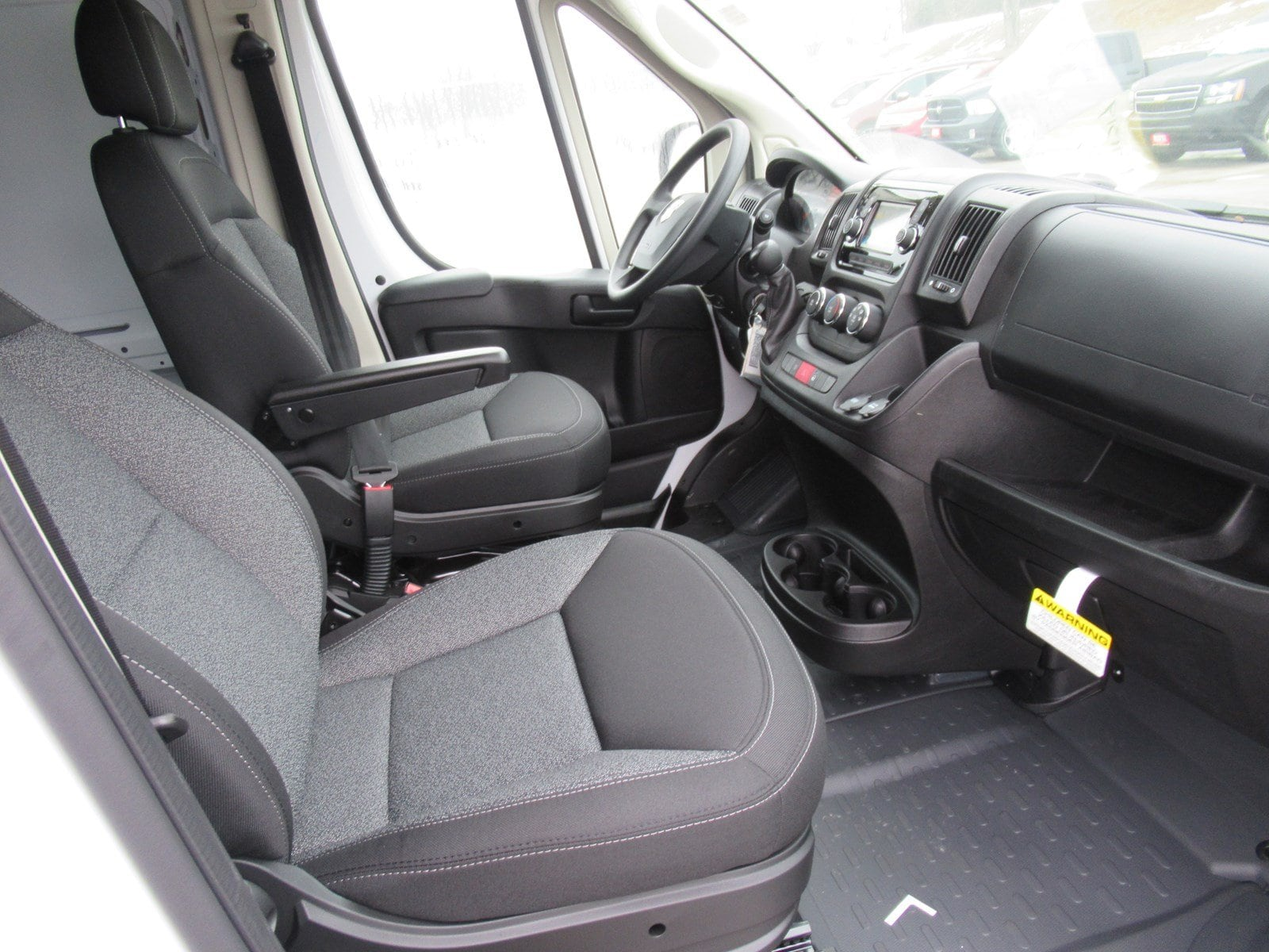 2018 ProMaster 2500 Cargo Van #DT21026 - photo 11