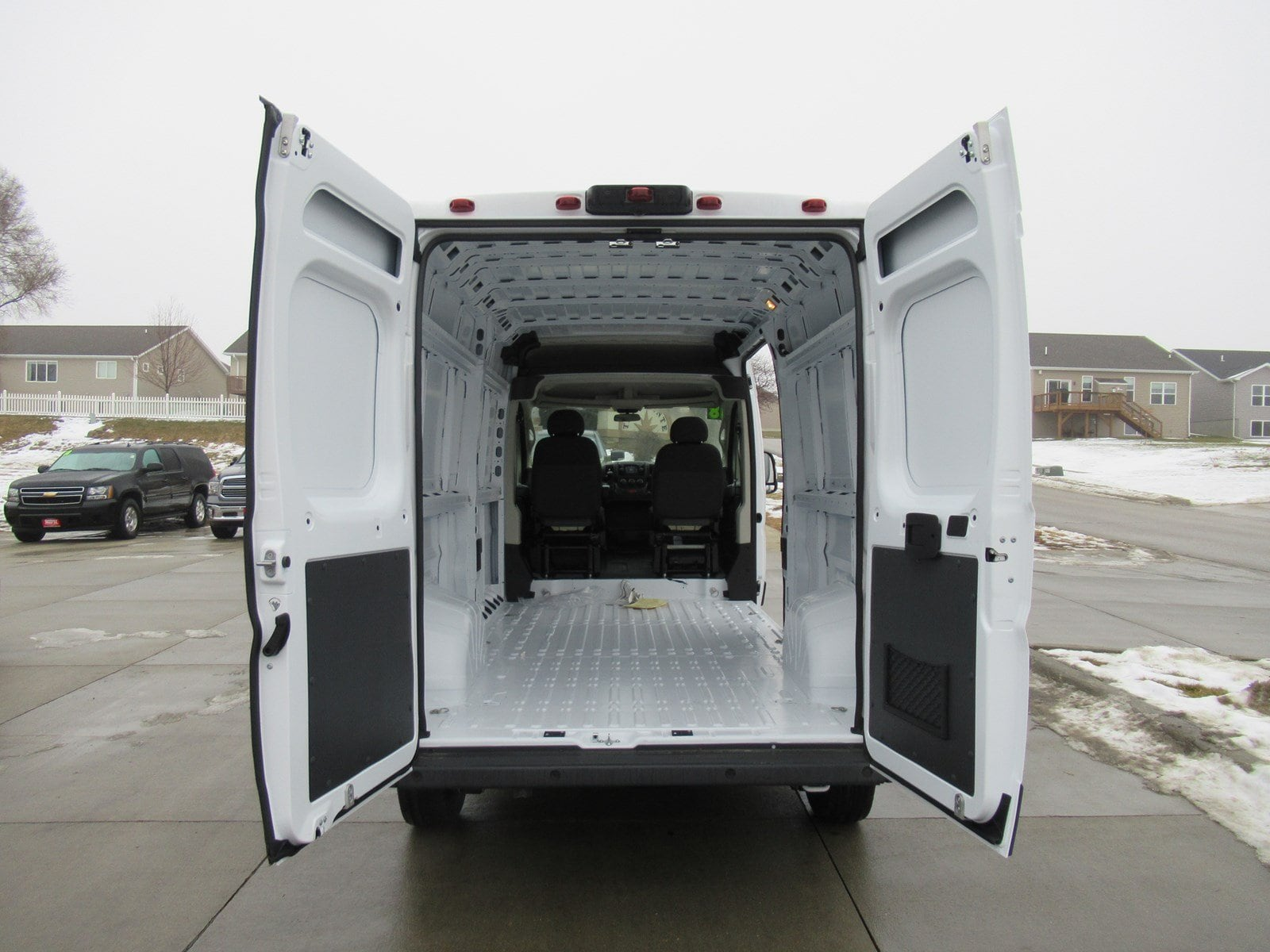 2018 ProMaster 2500 Cargo Van #DT21026 - photo 2