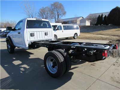 2018 Ram 4500 Regular Cab DRW 4x4, Cab Chassis #DT21194 - photo 5