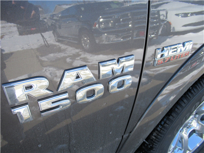 2018 Ram 1500 Crew Cab 4x4, Pickup #DT21205 - photo 8