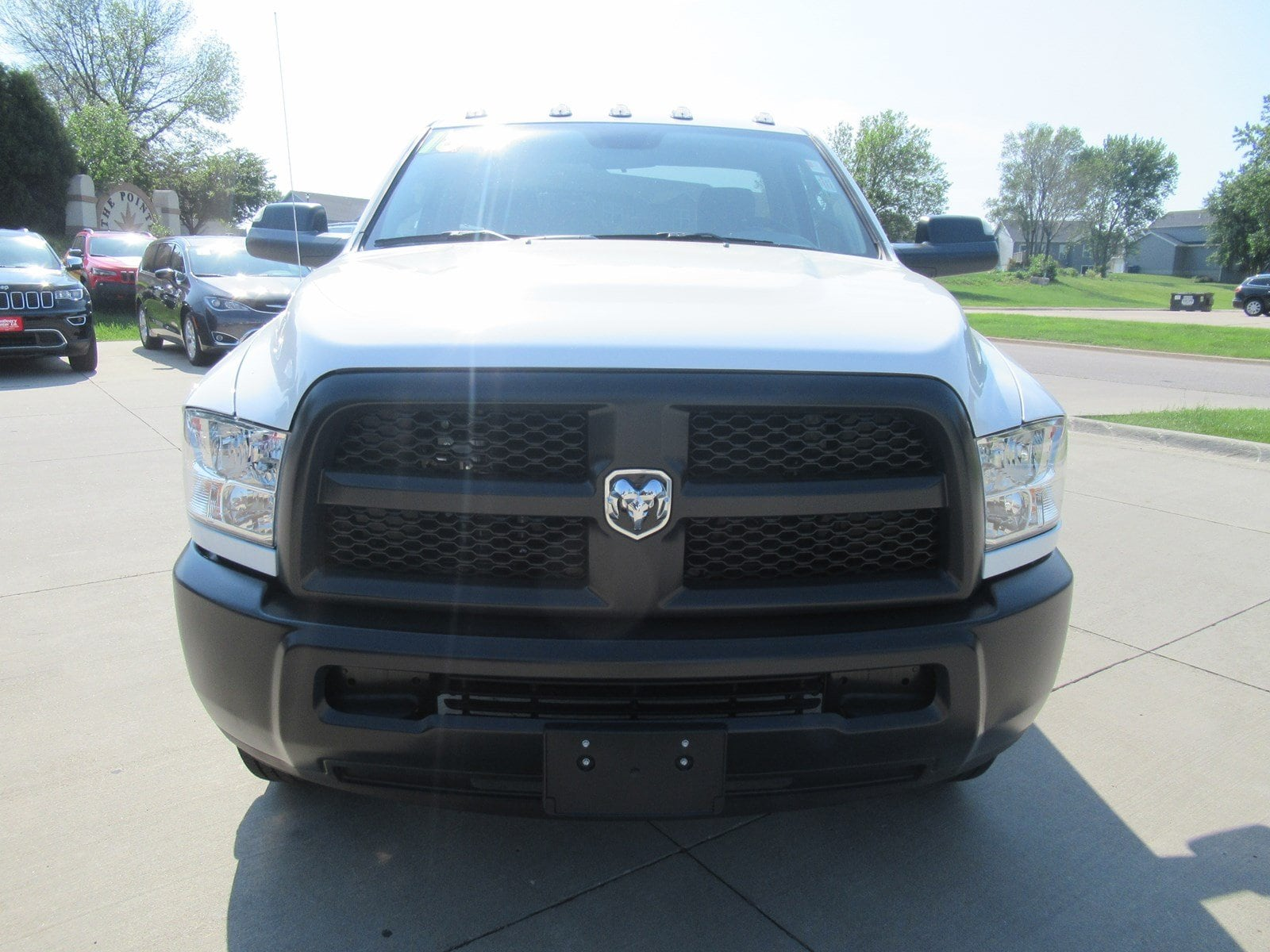 2018 Ram 3500 Regular Cab DRW 4x4,  Cab Chassis #DT21239 - photo 3