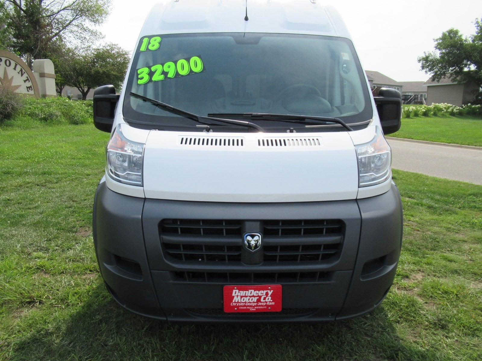 2018 ProMaster 2500 High Roof FWD,  Empty Cargo Van #DT21264 - photo 3