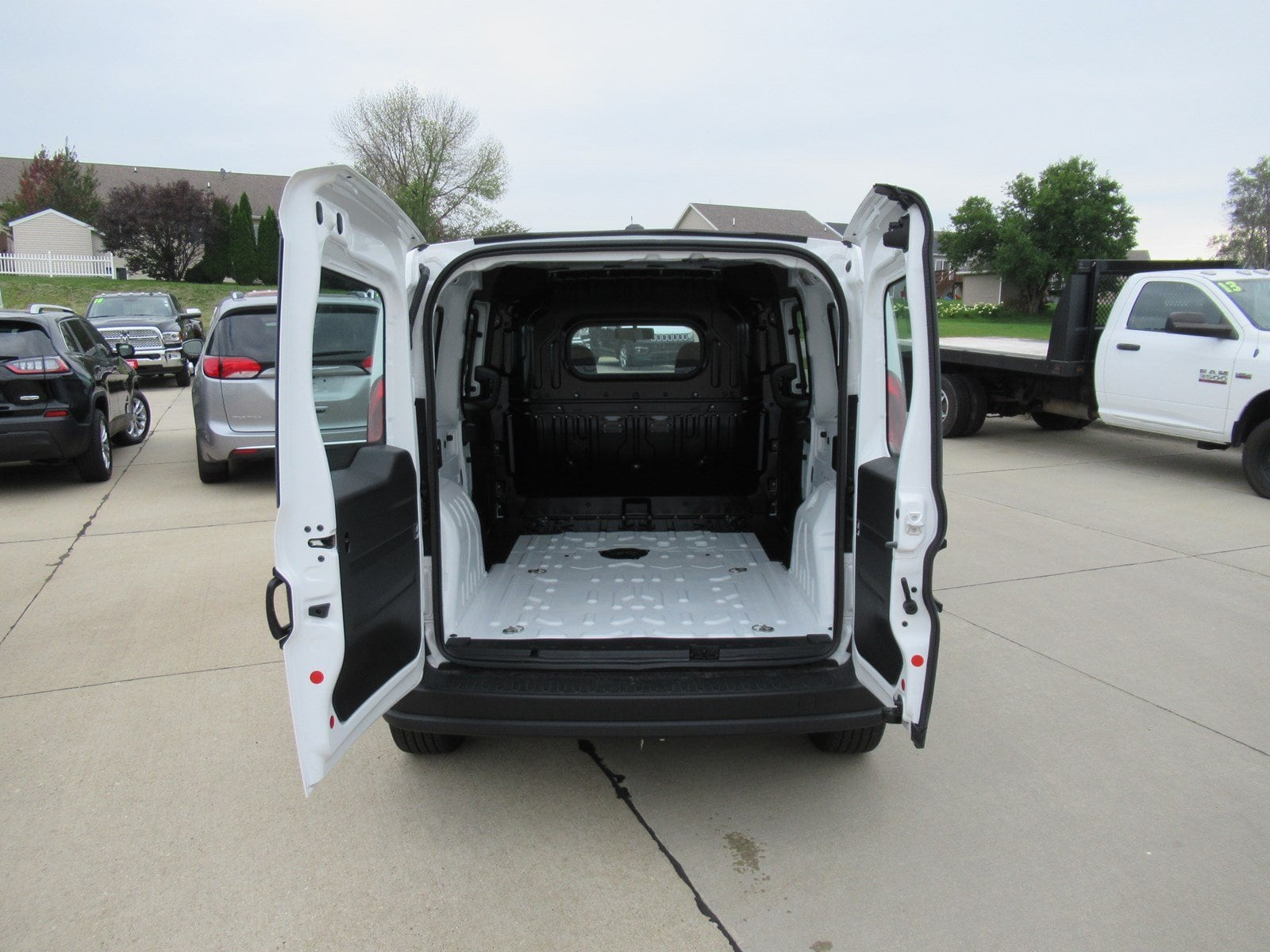 2018 ProMaster City FWD,  Empty Cargo Van #DT21403 - photo 7
