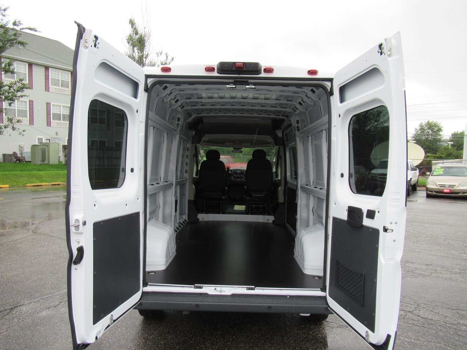 2018 ProMaster 2500 High Roof FWD,  Empty Cargo Van #DT21415 - photo 2