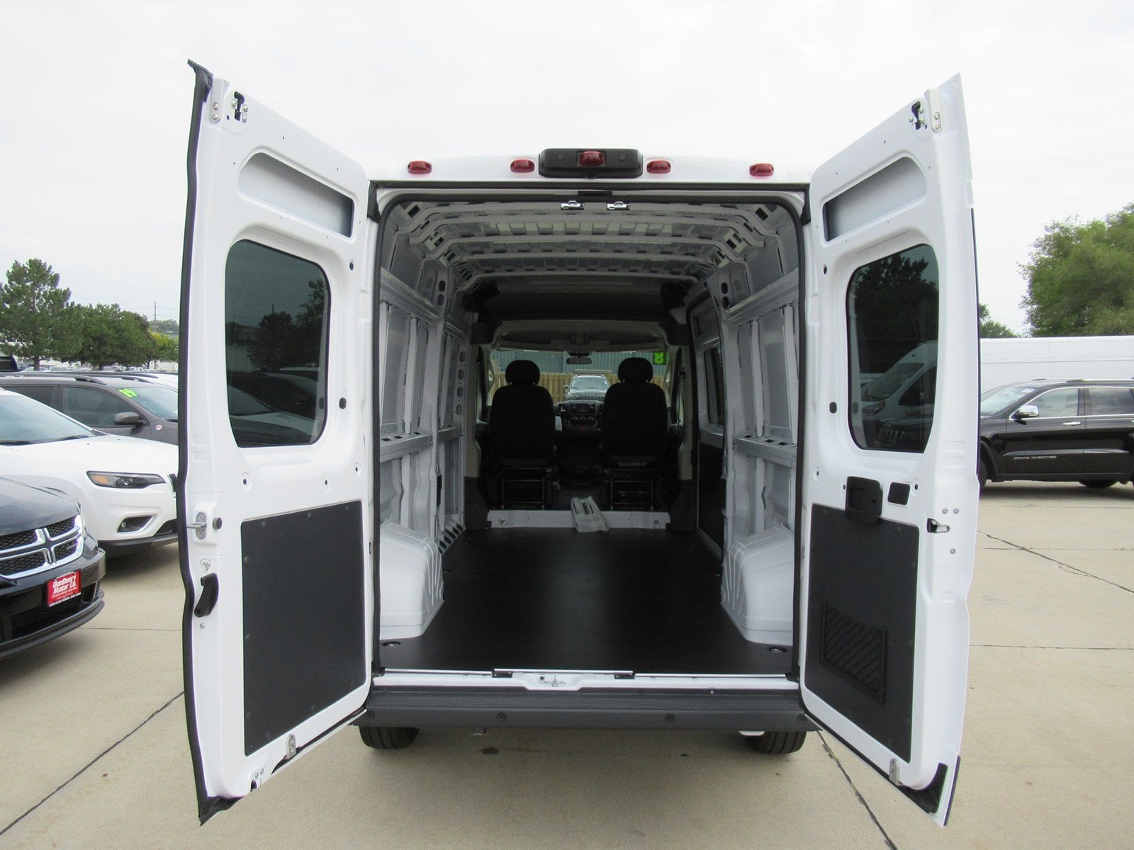 2018 ProMaster 2500 High Roof FWD,  Empty Cargo Van #DT21416 - photo 2