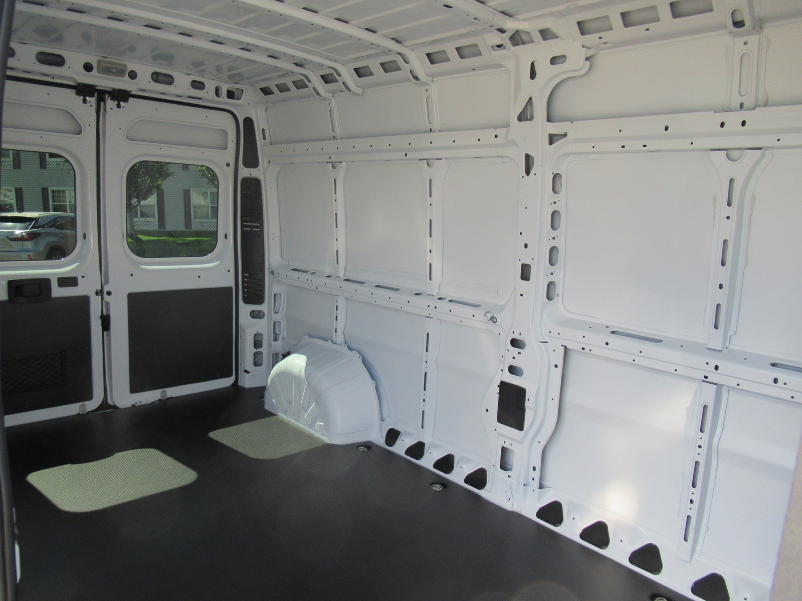 2018 ProMaster 2500 High Roof FWD,  Empty Cargo Van #DT21436 - photo 10