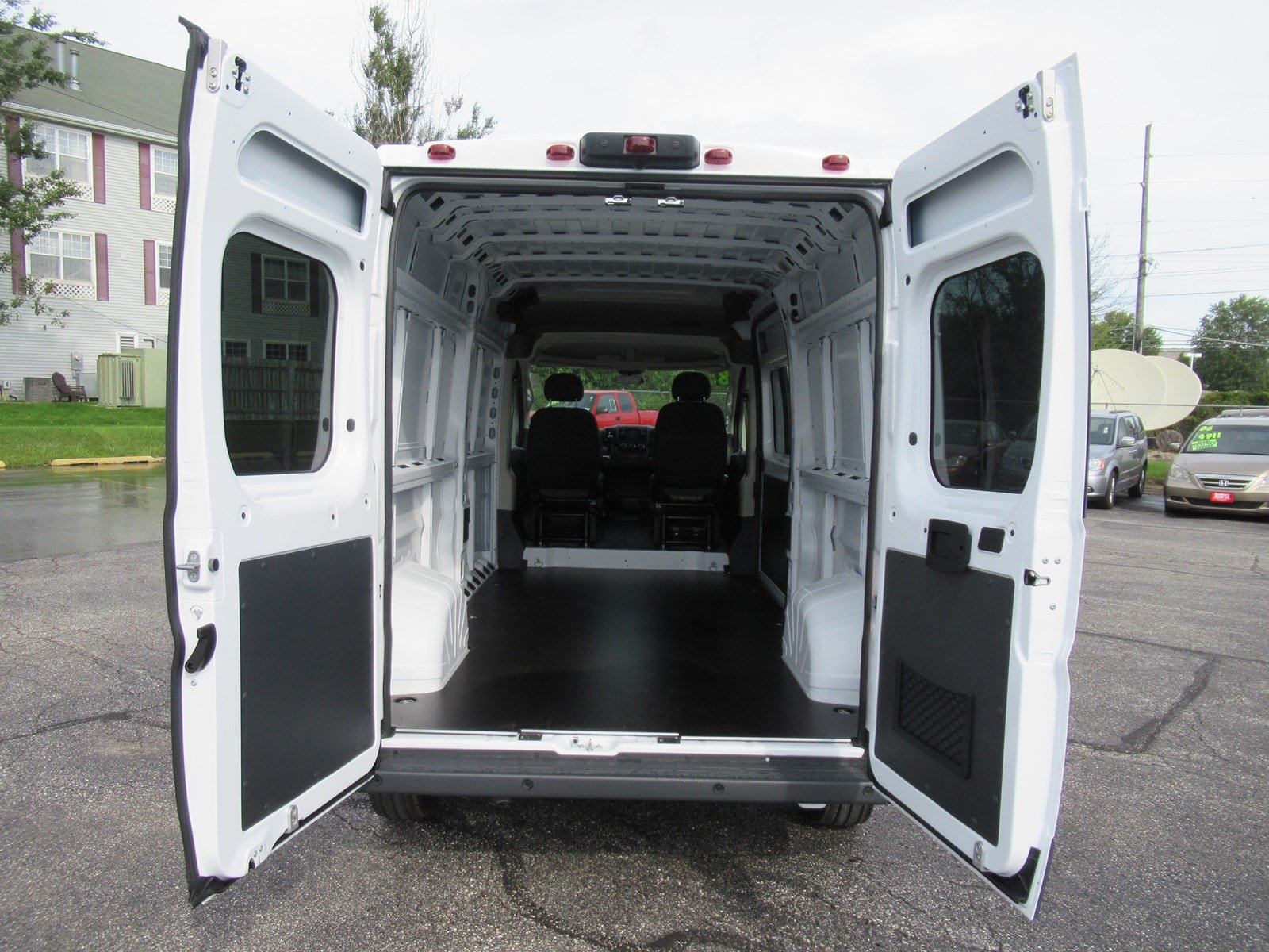 2018 ProMaster 2500 High Roof FWD,  Empty Cargo Van #DT21438 - photo 2