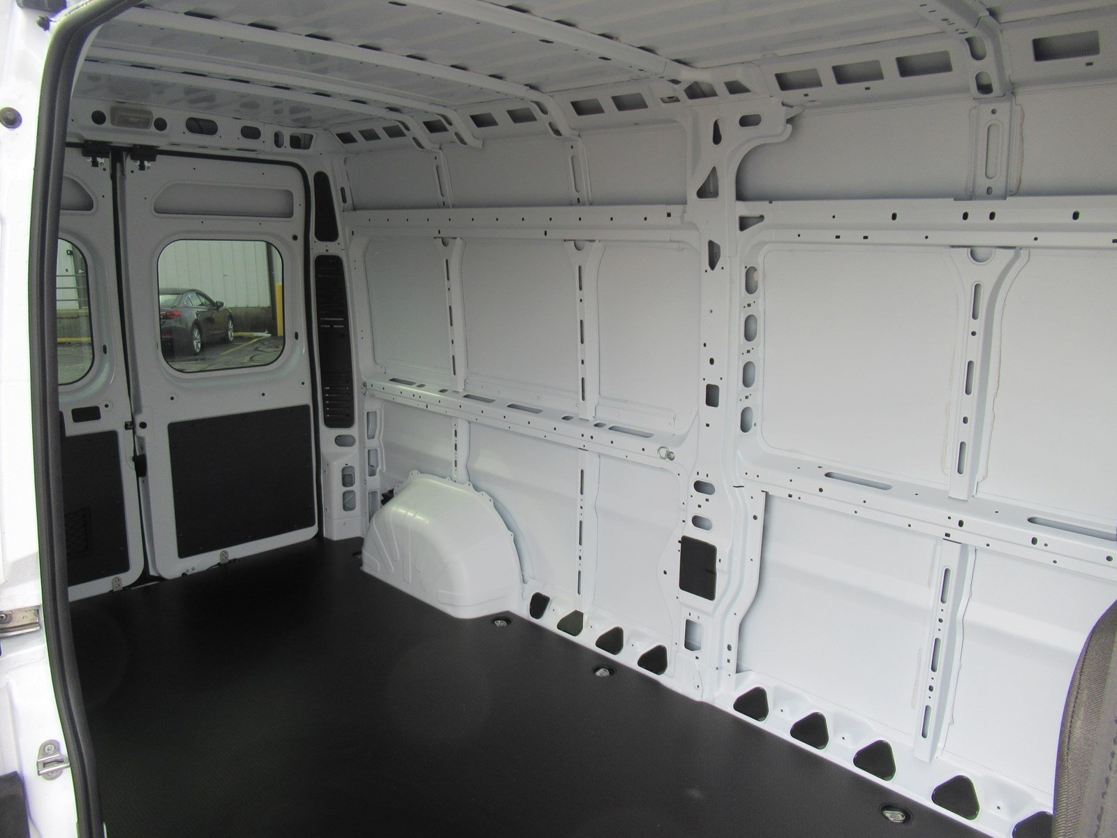 2018 ProMaster 2500 High Roof FWD,  Empty Cargo Van #DT21438 - photo 8