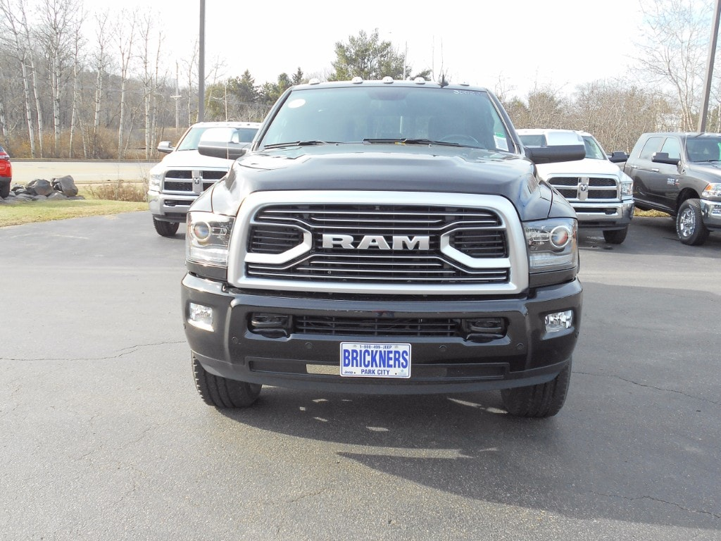2018 Ram 2500 Crew Cab 4x4 Pickup #30022 - photo 3