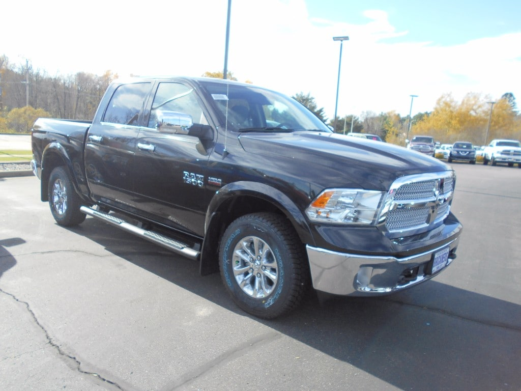 2018 Ram 1500 Crew Cab 4x4 Pickup #30038 - photo 1