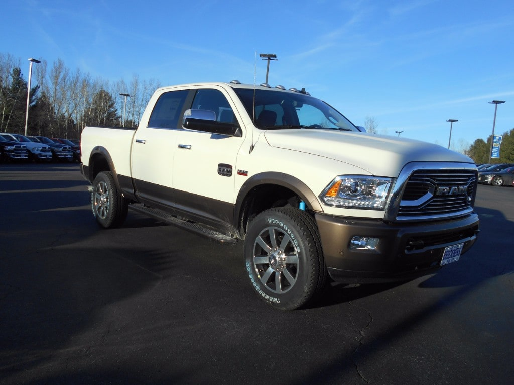 2018 Ram 2500 Crew Cab 4x4 Pickup #30057 - photo 2