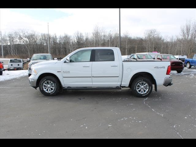 2018 Ram 1500 Crew Cab 4x4, Pickup #30207 - photo 3