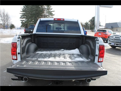2018 Ram 1500 Crew Cab 4x4, Pickup #30207 - photo 16