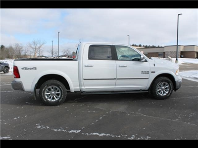 2018 Ram 1500 Crew Cab 4x4, Pickup #30207 - photo 6