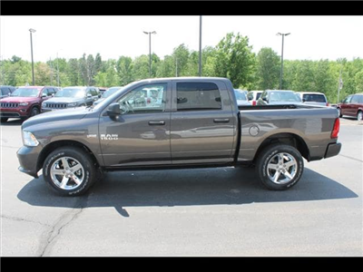 2018 Ram 1500 Crew Cab 4x4,  Pickup #30267 - photo 10