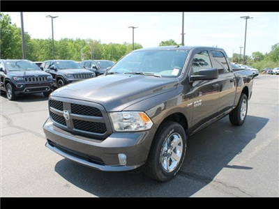 2018 Ram 1500 Crew Cab 4x4,  Pickup #30267 - photo 1