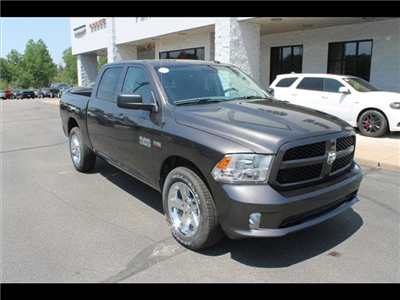2018 Ram 1500 Crew Cab 4x4,  Pickup #30267 - photo 3