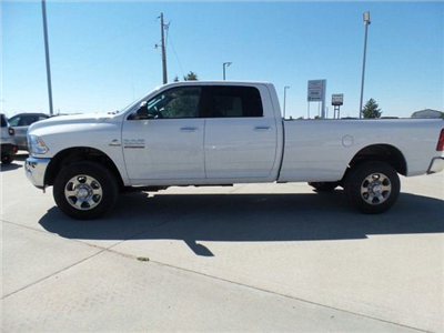 2017 Ram 2500 Crew Cab 4x4, Pickup #10130 - photo 3
