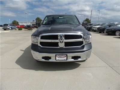 2018 Ram 1500 Crew Cab 4x4,  Pickup #10350 - photo 3