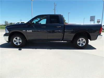 2018 Ram 1500 Quad Cab 4x4,  Pickup #10358 - photo 3