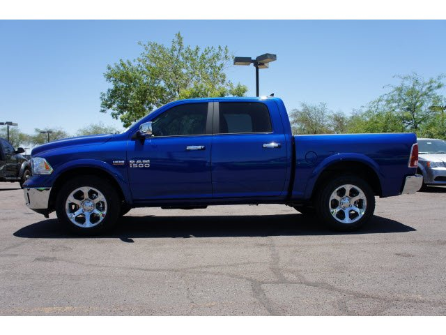2017 Ram 1500 Crew Cab 4x4, Pickup #H2818 - photo 3