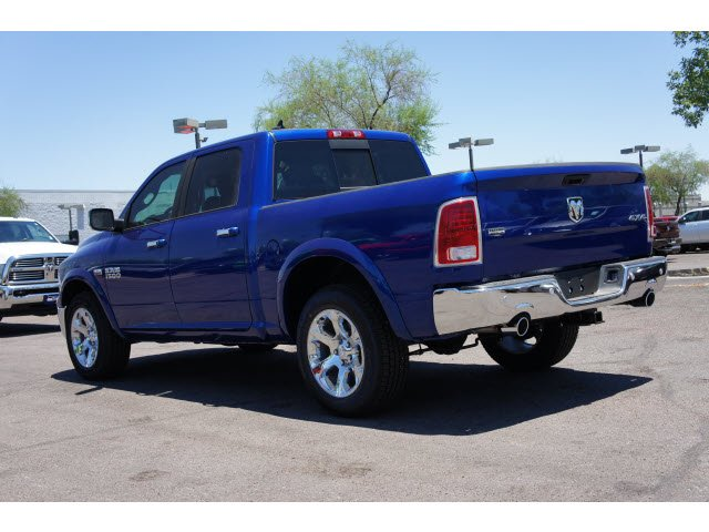 2017 Ram 1500 Crew Cab 4x4, Pickup #H2818 - photo 2