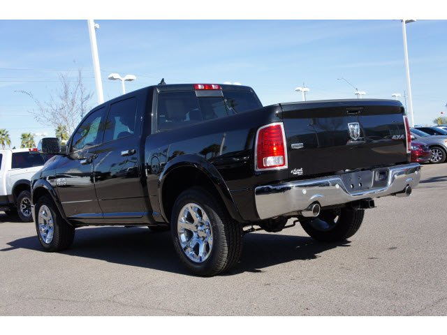 2017 Ram 1500 Crew Cab 4x4, Pickup #H3756 - photo 2