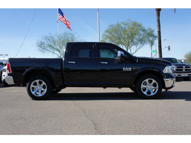 2017 Ram 1500 Crew Cab 4x4, Pickup #H3756 - photo 6