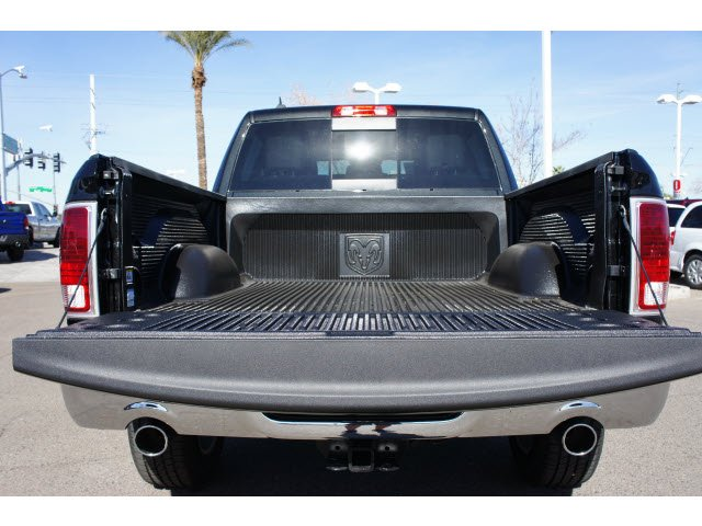 2017 Ram 1500 Crew Cab 4x4, Pickup #H3756 - photo 16