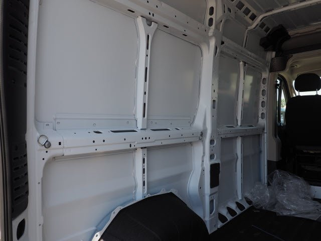 2018 ProMaster 2500 High Roof FWD,  Empty Cargo Van #J2367 - photo 15