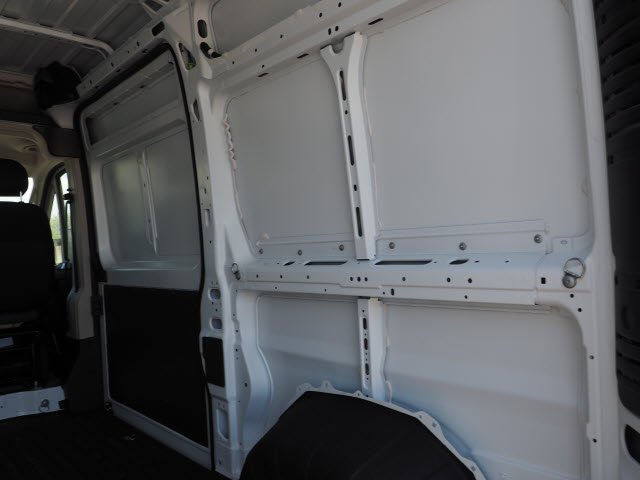 2018 ProMaster 2500 High Roof FWD,  Empty Cargo Van #J2367 - photo 16