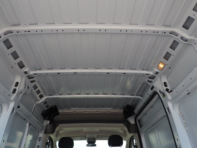 2018 ProMaster 2500 High Roof FWD,  Empty Cargo Van #J2367 - photo 17