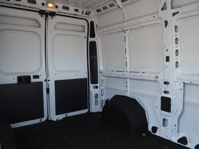 2018 ProMaster 2500 High Roof FWD,  Empty Cargo Van #J2367 - photo 21