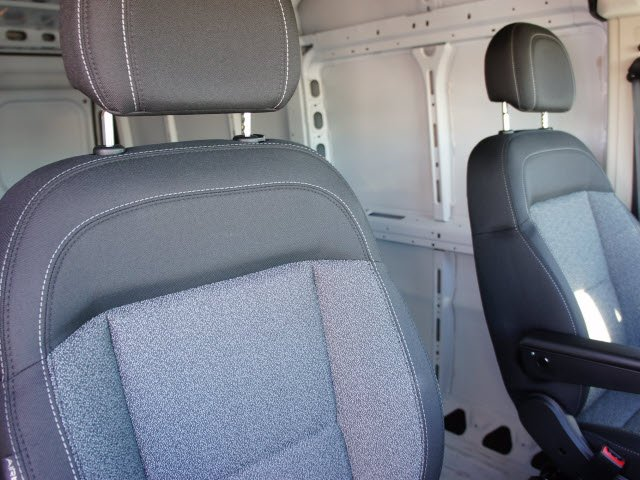 2018 ProMaster 2500 High Roof FWD,  Empty Cargo Van #J2809 - photo 16