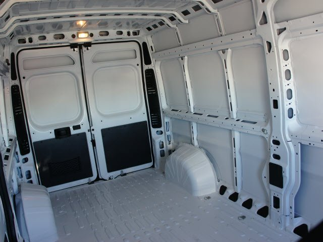 2018 ProMaster 2500 High Roof FWD,  Empty Cargo Van #J2809 - photo 18