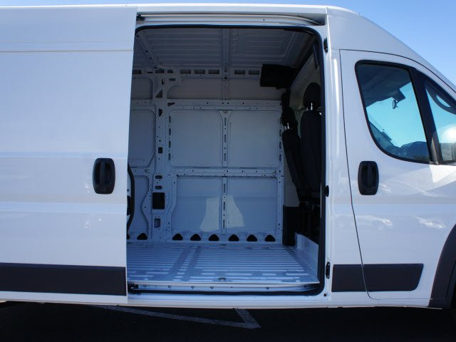 2018 ProMaster 2500 High Roof FWD,  Empty Cargo Van #J2809 - photo 19