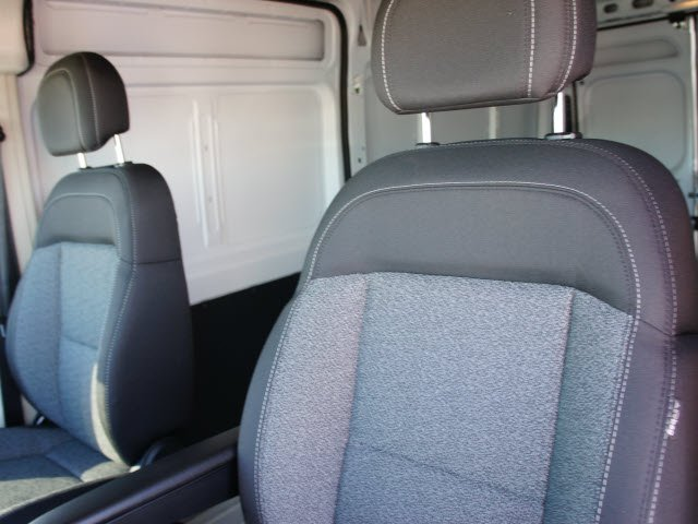 2018 ProMaster 2500 High Roof FWD,  Empty Cargo Van #J2809 - photo 25