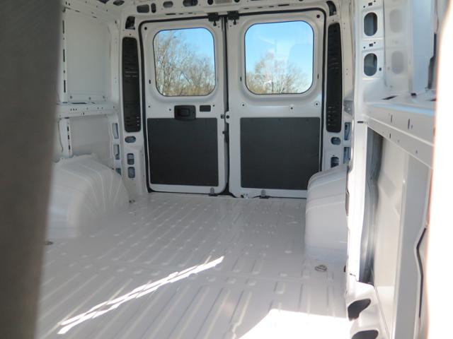 2016 ProMaster 1500 Low Roof Cargo Van #T16065 - photo 3