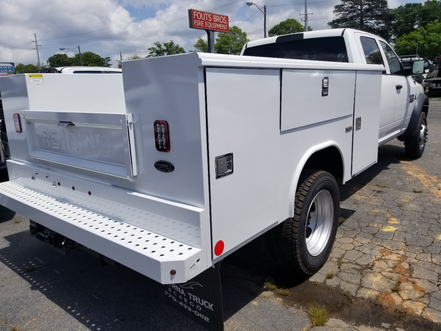 2018 Ram 4500 Crew Cab DRW 4x4,  Reading Classic II Steel Service Body #T18106 - photo 2