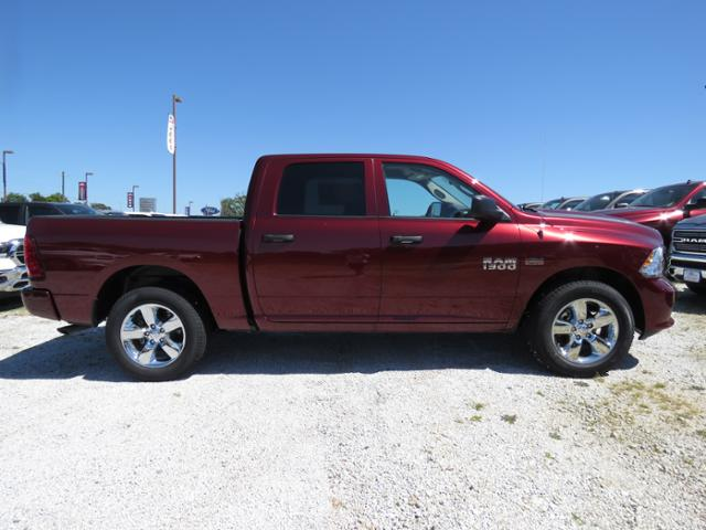 2018 Ram 1500 Crew Cab 4x4,  Pickup #T18114 - photo 3