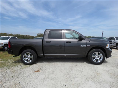 2018 Ram 1500 Crew Cab 4x4,  Pickup #T18132 - photo 3