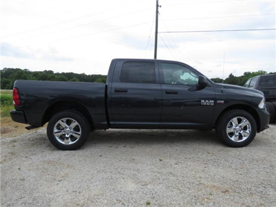 2018 Ram 1500 Crew Cab 4x4,  Pickup #T18162 - photo 3