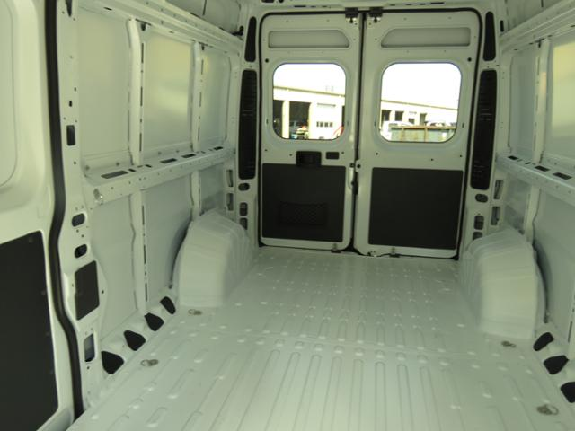 2018 ProMaster 3500 High Roof FWD,  Empty Cargo Van #T18165 - photo 2