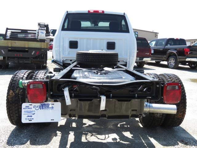 2018 Ram 4500 Regular Cab DRW 4x4,  Cab Chassis #T18169 - photo 4