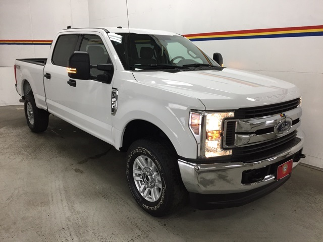2019 F-250 Crew Cab 4x4, Pickup #B5121 - photo 16