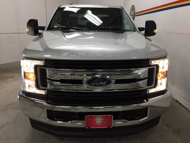 2019 F-250 Crew Cab 4x4, Pickup #B5125 - photo 17