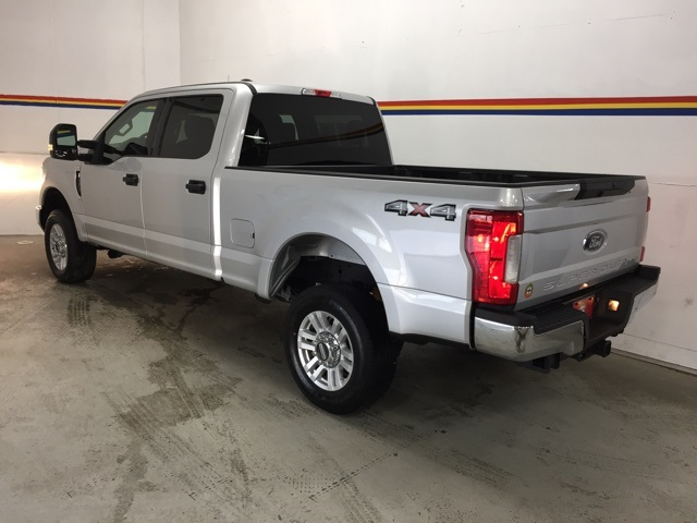 2019 F-250 Crew Cab 4x4, Pickup #B5125 - photo 2