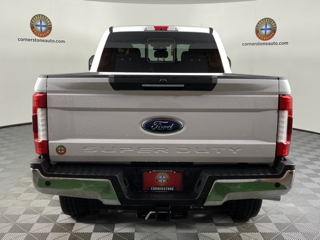 2019 F-250 Crew Cab 4x4, Pickup #F10887 - photo 2