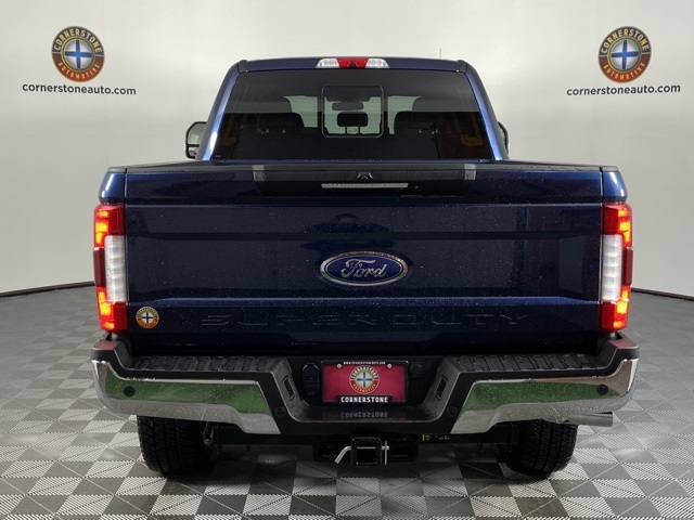 2019 F-250 Crew Cab 4x4, Pickup #F10977 - photo 2