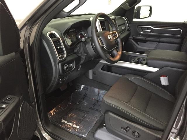 2019 Ram 1500 Crew Cab 4x4,  Pickup #C70766 - photo 9